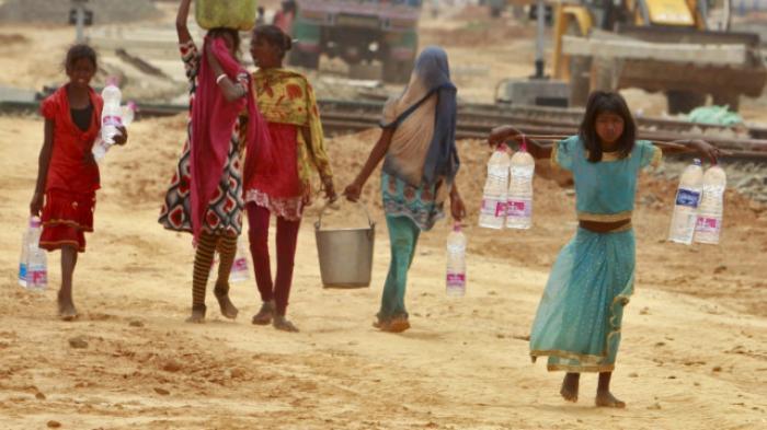 Gelombang panas di India membuat warga kesulitan mencari air. | Ist.