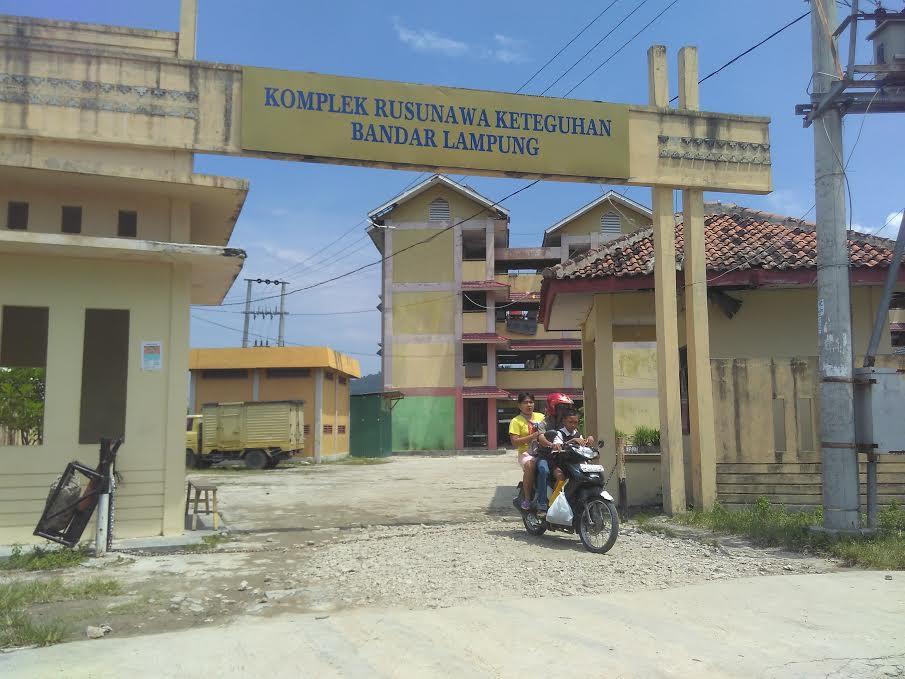 Kompleks Rusunawa di Telukbetung Barat, Bandar Lampung, Rabu, 6/4/2016 |Andy/Jejamo.com