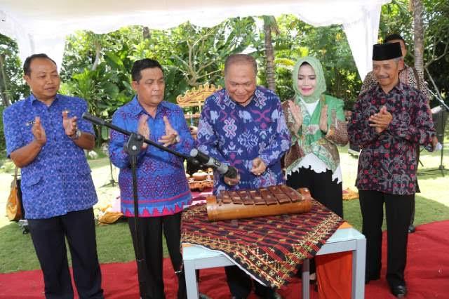 Acara Lampung Tourism Business Meeting dan pameran pariwisata di Hotel Harris Sunset Road Kuta Bali, Kamis, 28/4/2016. | Rls.