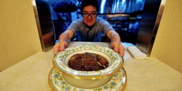 Harga Semangkuk Mi Daging Sapi Ini Rp 4 Juta, Tertarik Mencoba?