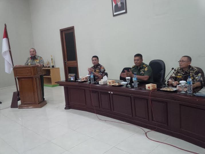 Lari dan Bersepeda dari Aceh Selama 14 Hari, Hendry Wijaya Akhirnya Tiba di Lampung