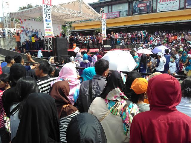 Dianggap Tidak Layak, Warga Tolak Pembukaan TPU Labuhan Ratu Bandar Lampung