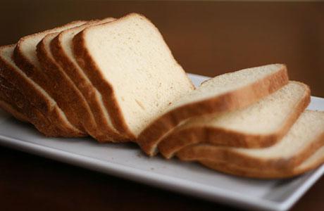 Walau Praktis, Roti Tawar Putih Ternyata Membahayakan Kesehatan