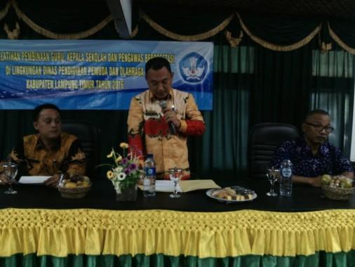 Kabid Dikdas Dikpora Lampung Timur Tabrani Hasim. | Suparman/Jejamo.com