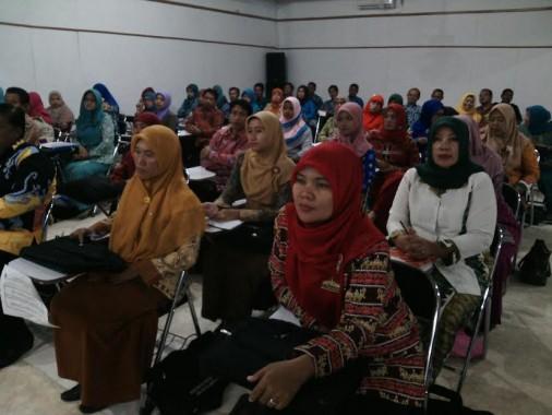 Dikpora Lampung Timur Gelar Pembinaan Guru Berprestasi