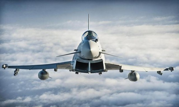 Jet Tempur Typhoon AU Inggris Cegat 5 Pesawat Militer Rusia di Estonia