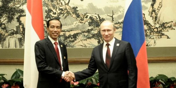 Bertemu Jokowi, Putin Akui Kagum dengan Sukarno