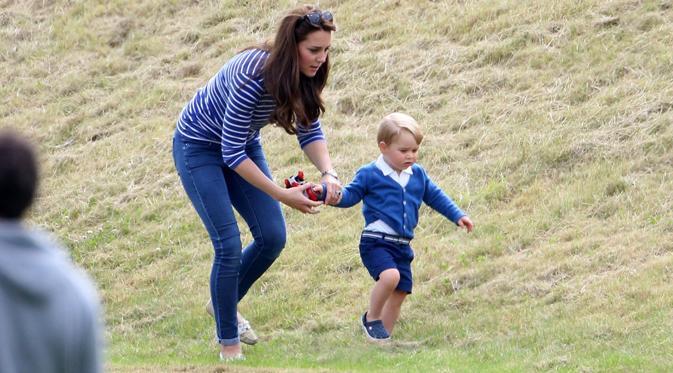 Kate Middleton dan Pangeran George | ist