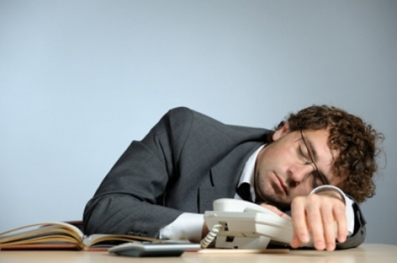 Anda Sering Merasa Lelah? Hati-Hati, Mungkin Ini Penyebabnya