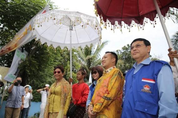 Menteri Kelautan dan Perikanan Susi Pudjiastuti tiba di TPI Lempasing didampingi Gubernur Lampung M Ridho Ficardo, Sabtu, 28/5/2016 | ist