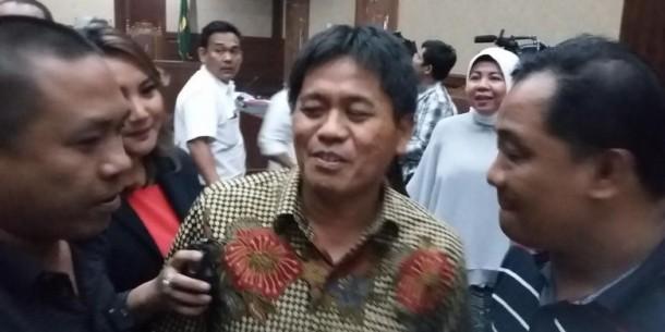 Rizal Ramli: Bilang Sama Podomoro Jangan Sok Jagoan Di Sini