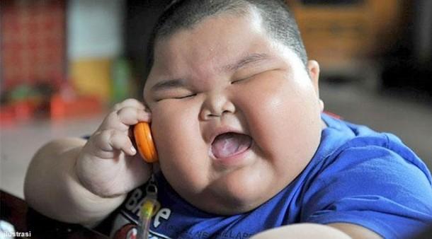 Meski Terlihat Sehat, Anak Gemuk Bisa Jadi Gejala Obesitas