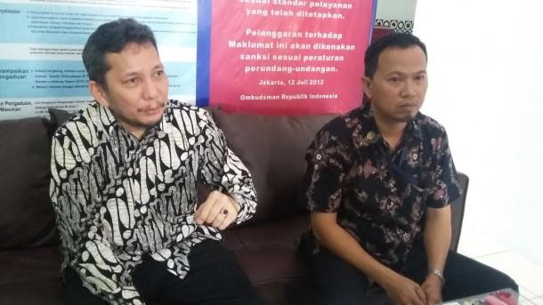 disampaikan Plt. Kepala Ombudsman RI Perwakilan Lampung Ahmad Saleh David Faranto (kanan). | Arif Wiryatama/Jejamo.com