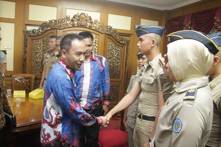 Bupati Way Kanan Raden Adipati ramah tamah dengan praja IPDN asal Lampung | ist