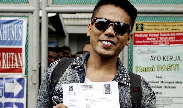 Herman HN Minta Polisi Sikat dan Tahan Warga Pakai Atribut Palu Arit