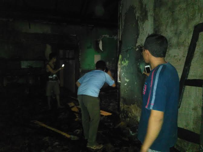 Breaking News: Sebuah Rumah Kost di Way Dadi Bandar Lampung Ludes Terbakar