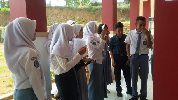 Para siswa SMKN 9 Bandar Lampung | Tama/jejamo.com