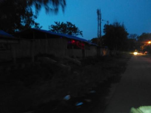 Warung remang-remang kompleks PKOR Way Halim Bandar Lampung. | Sugiono/Jejamo.com