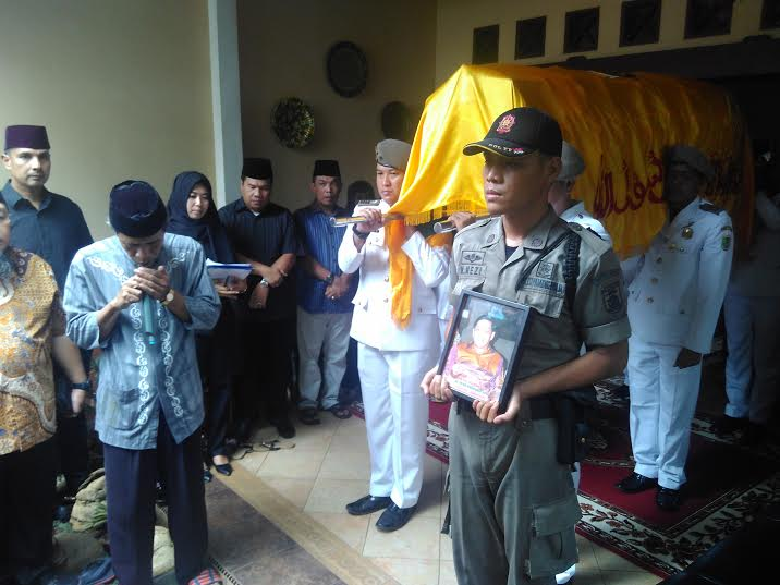 Breaking News: Almarhum Wakil Ketua DPRD Lampung Toto Herwantoko Disalatkan di Masjid Al-Muslimin