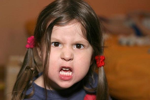 Tips Melatih Emosi Anak Agar Tidak Mudah Marah