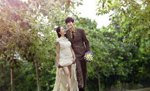 Studi: Wanita Indonesia Lebih Bahagia Memiliki Suami Berpostur Tinggi