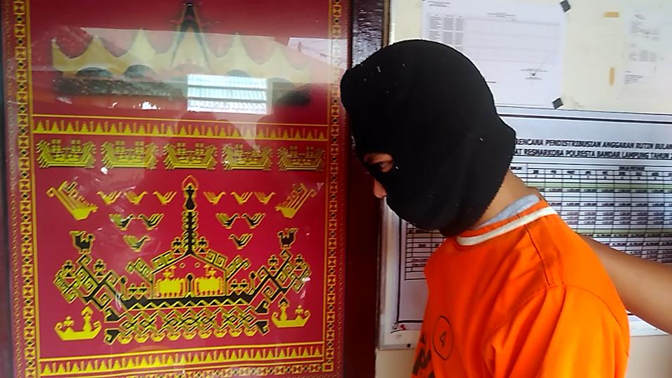 Dramatis, Penangkapan Kapal Nelayan Cina oleh KRI Oswald Siahaan Dibayangi Coast Guard Tiongkok