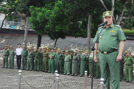 Zainudin Hasan Imbau PNS Lampung Selatan Salat di Masjid Agung Kalianda