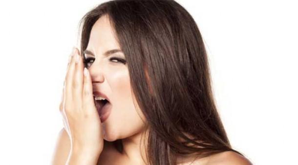 Empat Langkah Mencegah Bau Mulut Selama Puasa