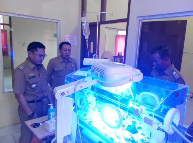 Bayi Anak Pasangan Sandi dan Lestari Warga Jabung Lampung Timur Ini Lahir dengan Berat 500 Gram