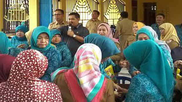 Ketua DPRD Tulang Bawang Barat Bersyukur Banyak Warga Serbu Pasar Murah