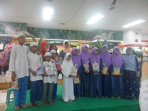 Wakil Lampung Dina Nur Atika Lolos 4 Besar Grup Fatonah Aksi Indosiar