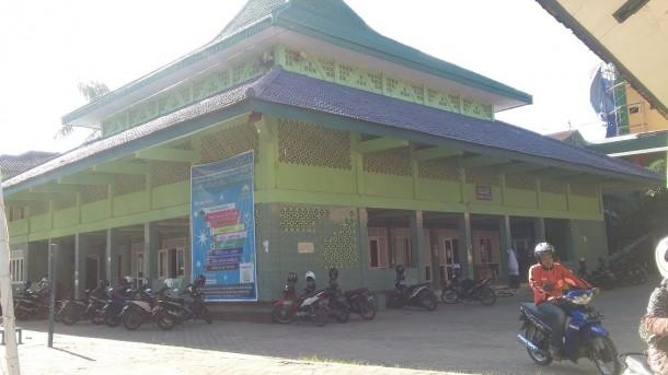 Masjid di Ponpes Daarul Hikmah Gedongmeneng, Bandar Lampung, yang banyak melahirkan aktivis dakwah dan legislator. | Arif  Wiryatama/Jejamo.com