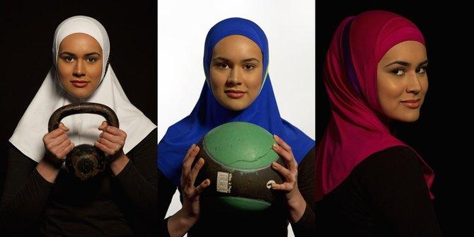 Atlet Muslim Asal Inggris Ini Luncurkan Produk Hijab Khusus Olahraga