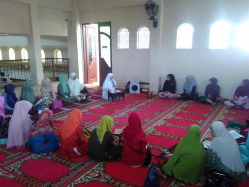Hijabers Lampung Gelar Pengajian, Umi Venty Ariyani Beri Tausiyah