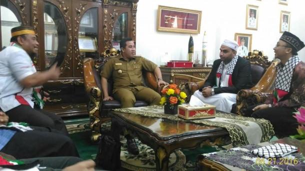 Bertemu KNRP Lampung, Bupati Pesawaran Dendi Ramadhona Komitmen Bantu Palestina