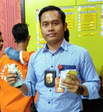 Amplop THR Lebaran Karakter Kartun Diburu Konsumen Bandar Lampung