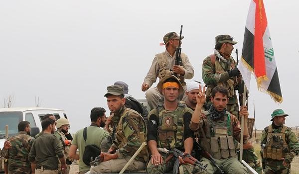 Pasukan Irak Rayakan Kemenanan Atas ISIS di Fallujah