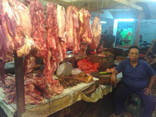 Penjual daging di Pasar Tugu Bandar Lampung. | Andi Apriyadi/Jejamo.com