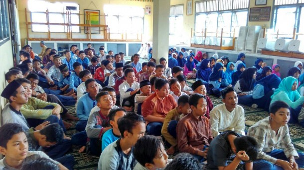 Pesantren kilat SMP Wiyatama yang dikelola FKAR Bandar Lampung. | Desliyani/Jejamo.com