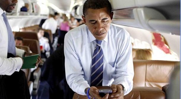Presiden Obama dan Smartphone BlackBerry