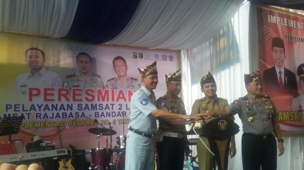 Samsat Lampung Pertama di Sumatera Punya Dua Loket