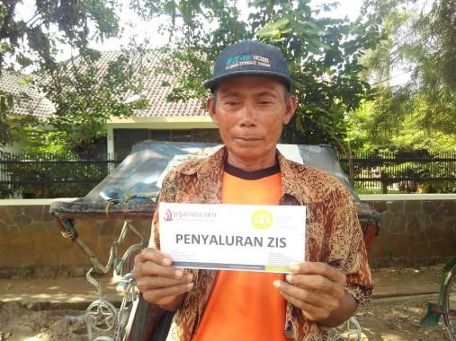 Sana, penarik becak di Bandar Lampung. | Andi Apriyadi/Jejamo.com