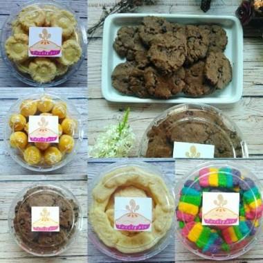 Aneka kue kering Sweety Pie. | Ist