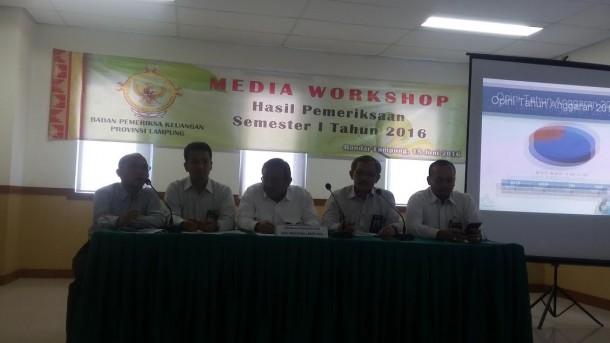 Dirkrimsus Polda Lampung Bekuk 3 Penjual Pipa Rokok Gading Gajah