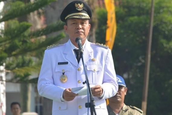 Bupati Lampung Tengah, saat menyampaikan pidato singkatnya dalam upacara HUT ke-70 Kabupaten Lampung Tengah | Raeza/jejamo.com