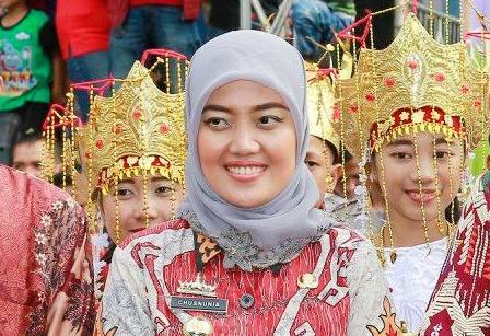 Advertorial: Bupati Lampung Timur Chusnunia Chalim Besok Bawa Bocah Terbakar Risky ke RSUD Sukadana