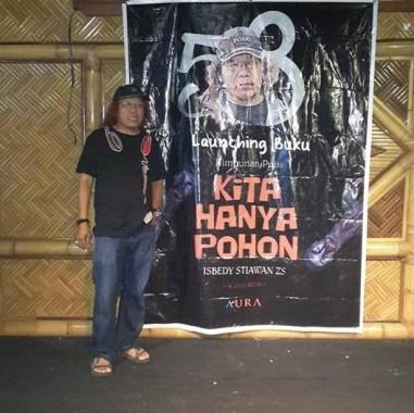 Sastrawan Lampung Isbedy Stiawan ZS Bawa 3 Judul Buku Puisi Temu Penyair 8 Negara