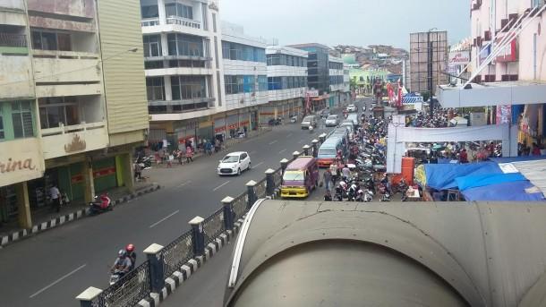 Hujan Lebat Disertai Kilat dan Angin Kencang Berpotensi Landa Lampung Sore Ini