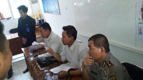 Vera Siswi SMAN 2 Tulangbawang Tengah Wakili Lampung O2SN Cabang Silat