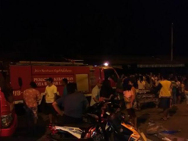 Kebakaran di Pasar Induk Tamin, Tanjungkarang Pusat, Bandar Lampung, Kamis, 14/7/2016 | Andi/jejamo.com